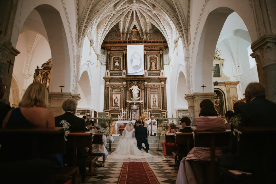 Boda en Vejer, iglesia de san salvador, finca montenmedio, fotografo para bodas en cadiz